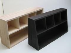 アクセサリー棚用の素材の塗装後の比較